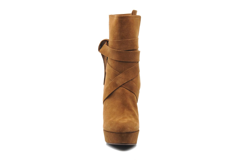 Bottines et boots Michael Michael Kors Malika Marron vue portées chaussures