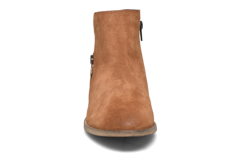 Bottines et boots Le temps des cerises Celeste Marron vue portées chaussures