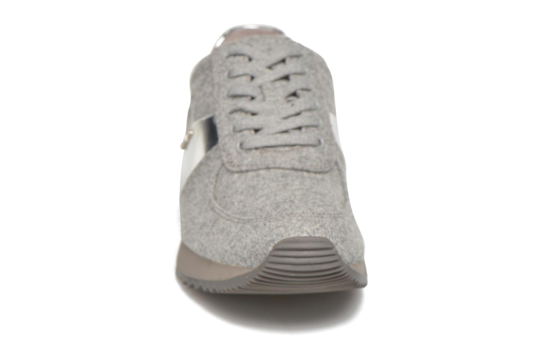 Sneaker Michael Michael Kors Allie trainer grau schuhe getragen