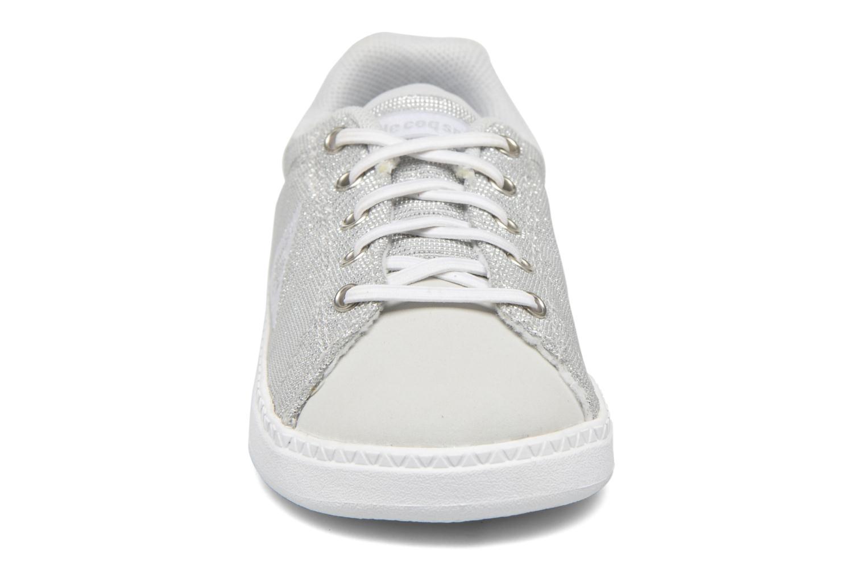 Baskets Le Coq Sportif Courtone Inf Blanc vue portées chaussures