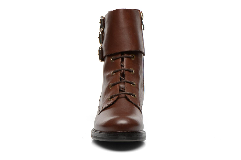 Bottines et boots Bruno Premi Suana Marron vue portées chaussures