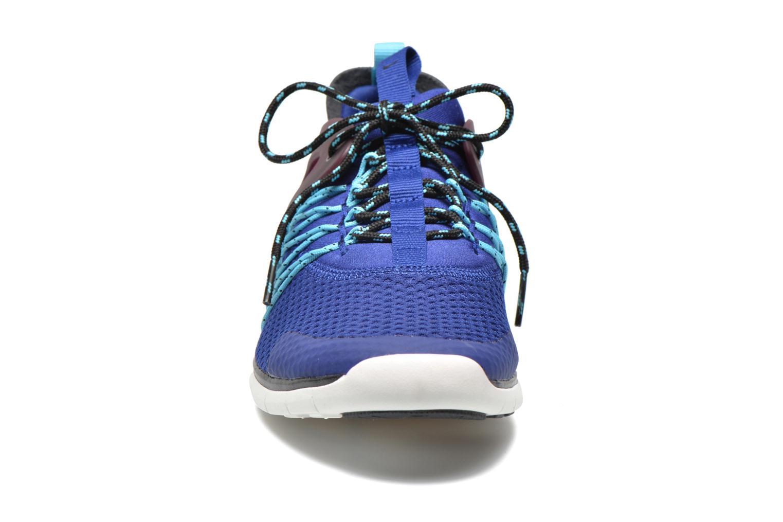 Sneaker Nike Wmns Nike Free Viritous blau schuhe getragen