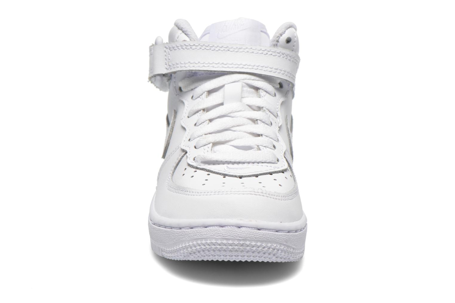 Baskets Nike Air Force 1 Mid (PS) Blanc vue portées chaussures