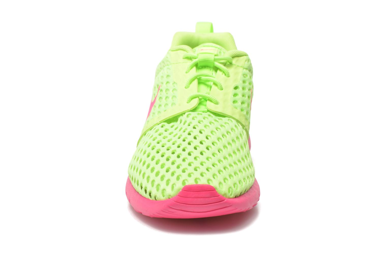 Baskets Nike ROSHE ONE FLIGHT WEIGHT (GS) Vert vue portées chaussures