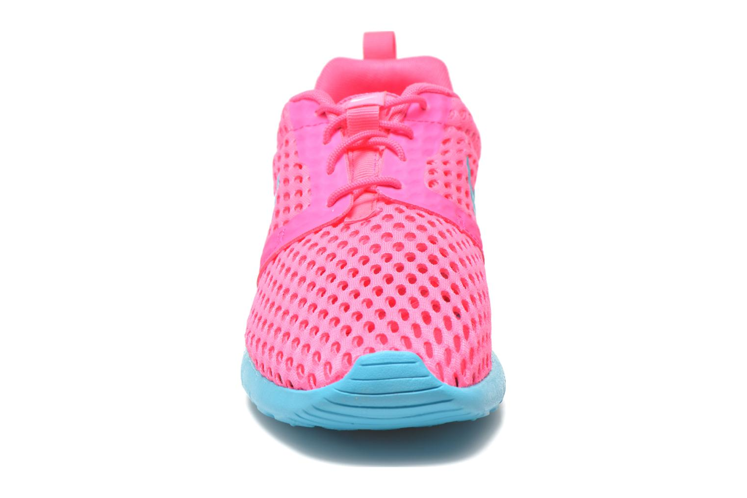 Baskets Nike ROSHE ONE FLIGHT WEIGHT (GS) Rose vue portées chaussures