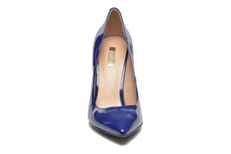 Escarpins Guess Plasmia 5 Bleu vue portées chaussures