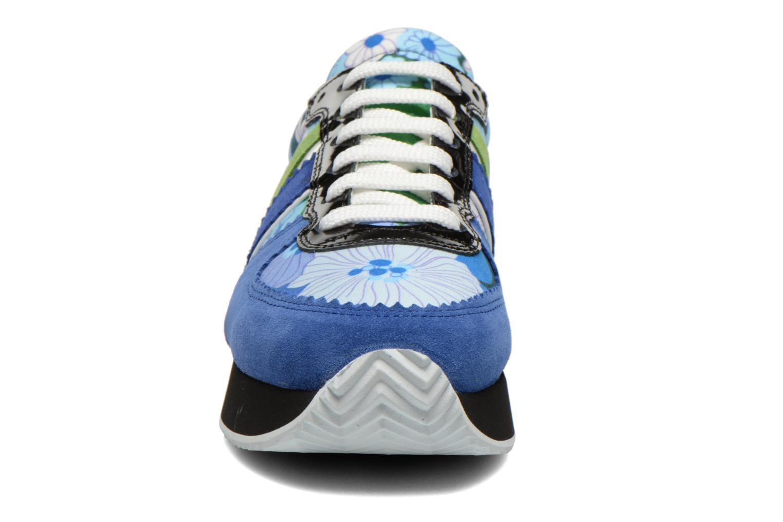 Baskets Carven Aloa Bleu vue portées chaussures