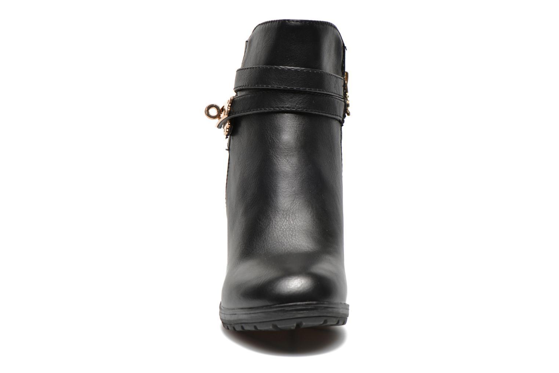 Ankle boots Xti Cornelie-28720 Black model view
