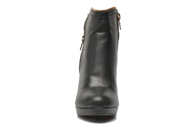 Bottines et boots Xti Joli-28452 Noir vue portées chaussures