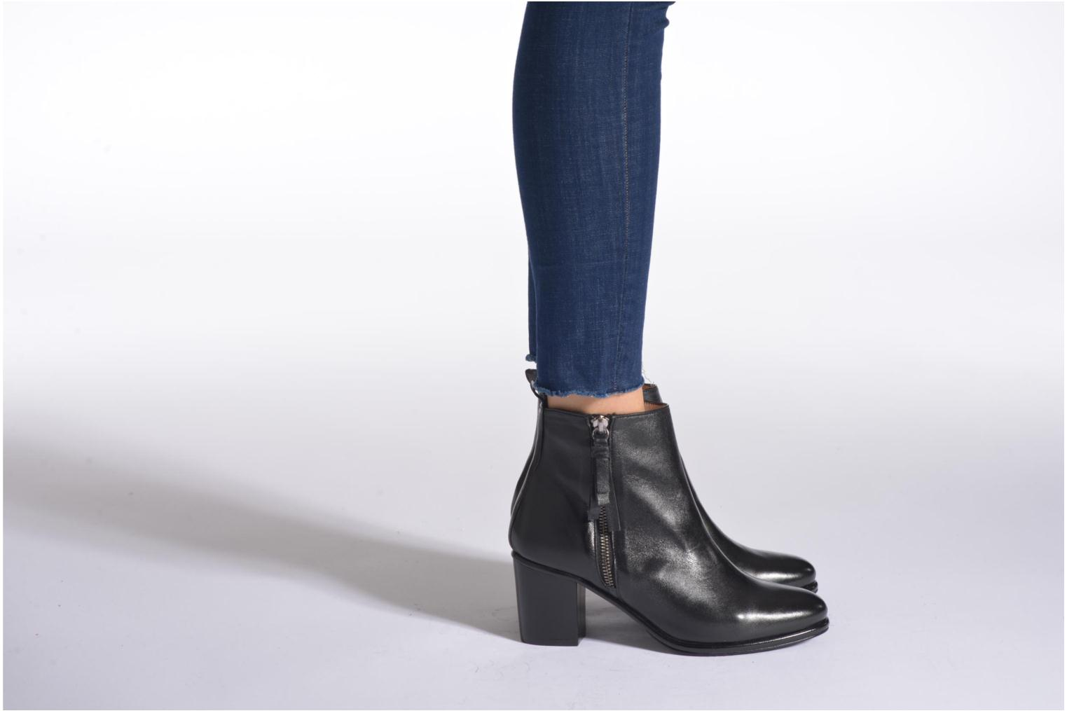 Ankle boots Opening Ceremony Shirley Bootie Black view from underneath / model view