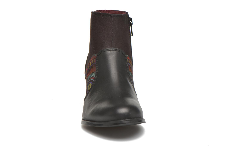 Bottines et boots Desigual Cris Noir vue portées chaussures