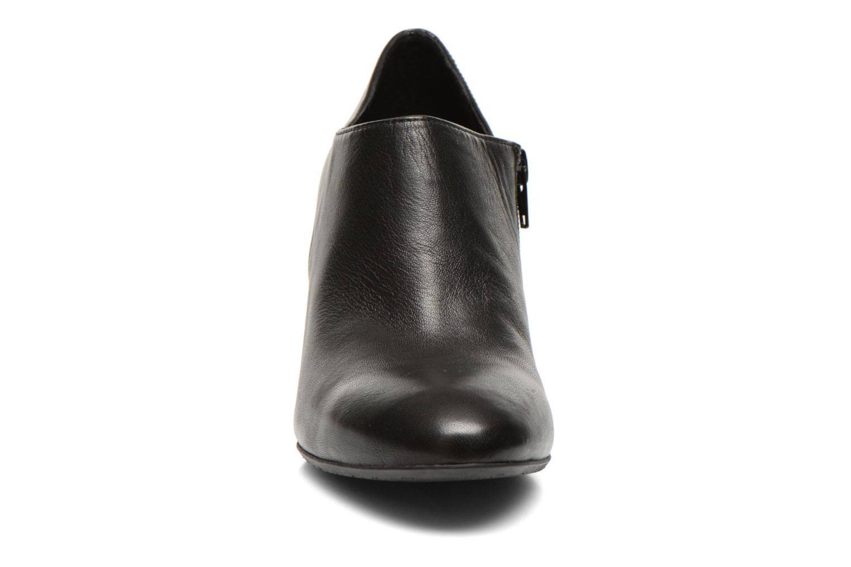 Boots en enkellaarsjes JB MARTIN Gareth Zwart model
