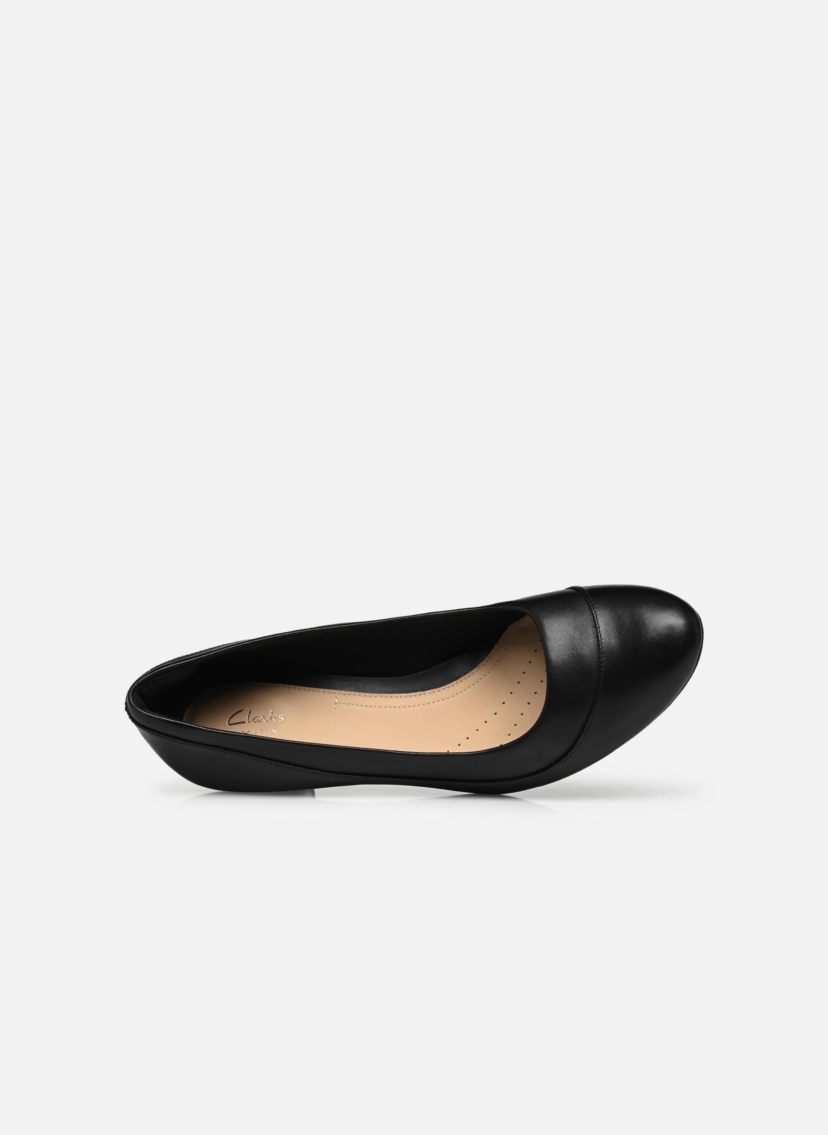 Denny Harbour Black leather