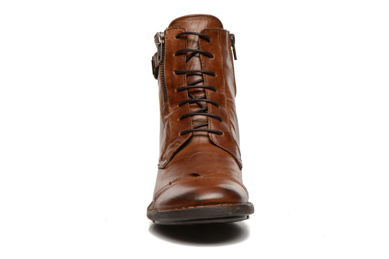 Bottines et boots Dorking Medina 6402 Marron vue portées chaussures