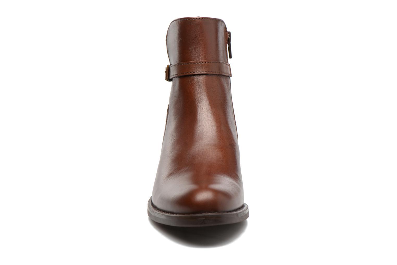 Bottines et boots Elizabeth Stuart Fez 294 Marron vue portées chaussures