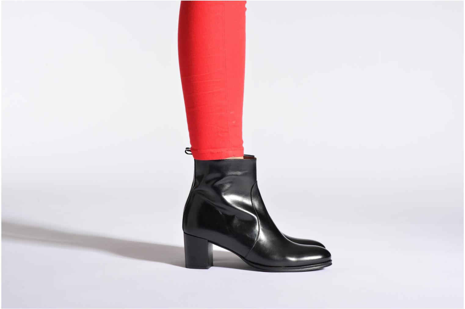 Ankle boots Muratti Abel Black view from underneath / model view