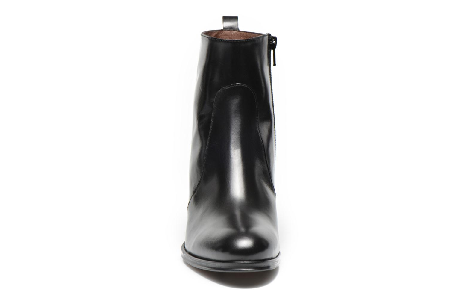 Ankle boots Muratti Abel Black model view