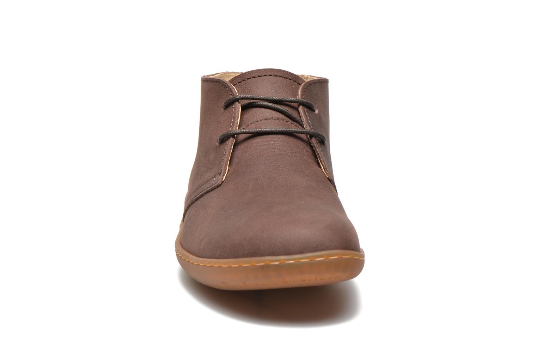 Chaussures à lacets El Naturalista Viajero NE12 W Marron vue portées chaussures