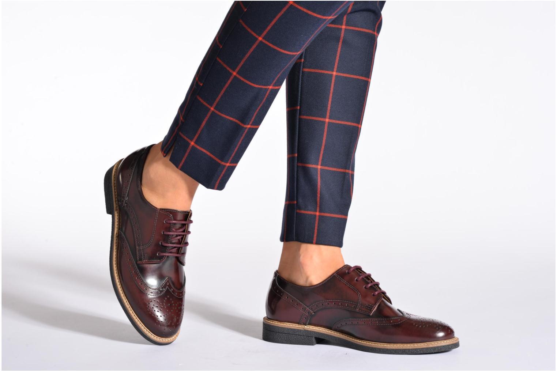 Chaussures à lacets TBS Blasty Bordeaux vue bas / vue portée sac