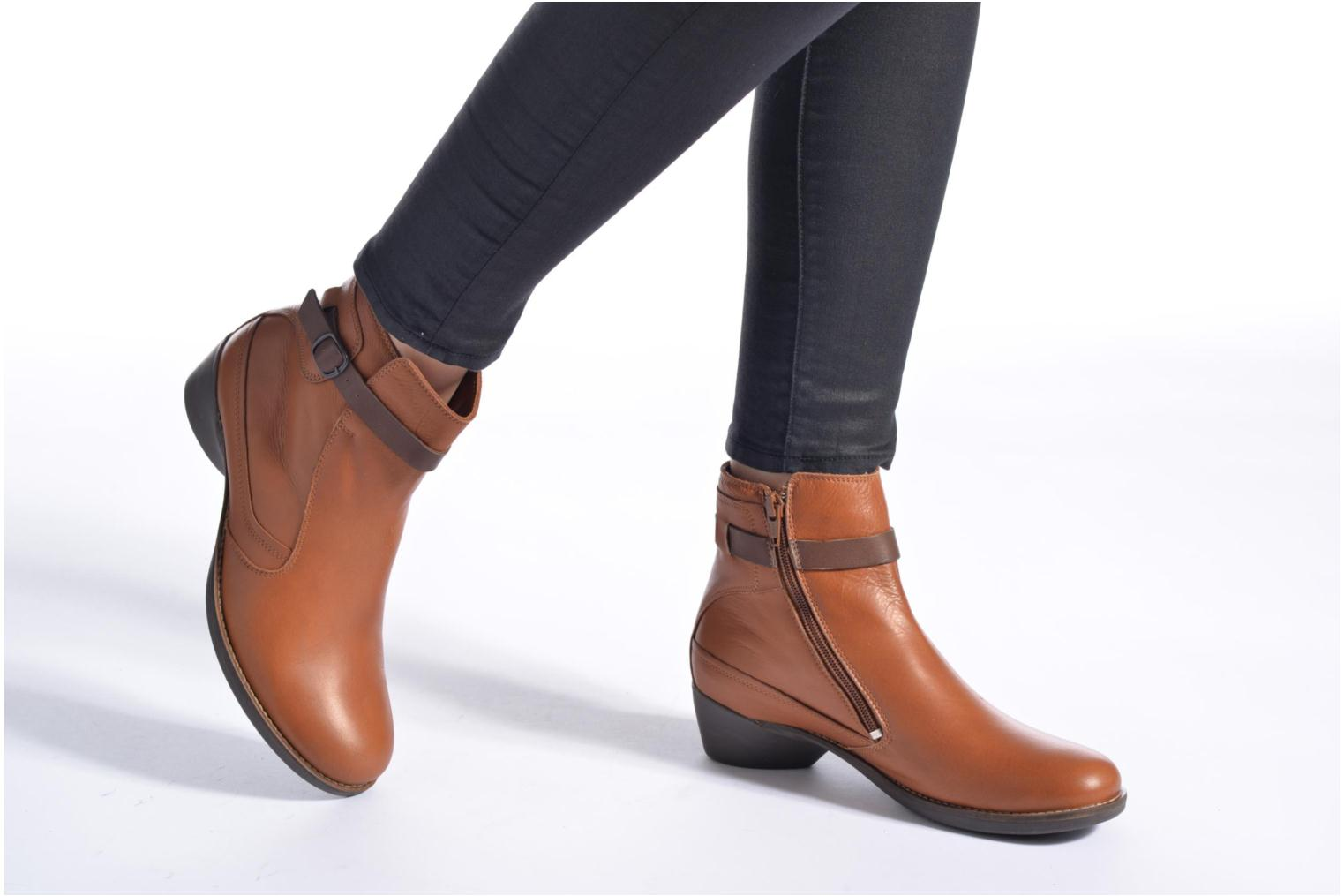 Bottines et boots TBS Gently Marron vue bas / vue portée sac
