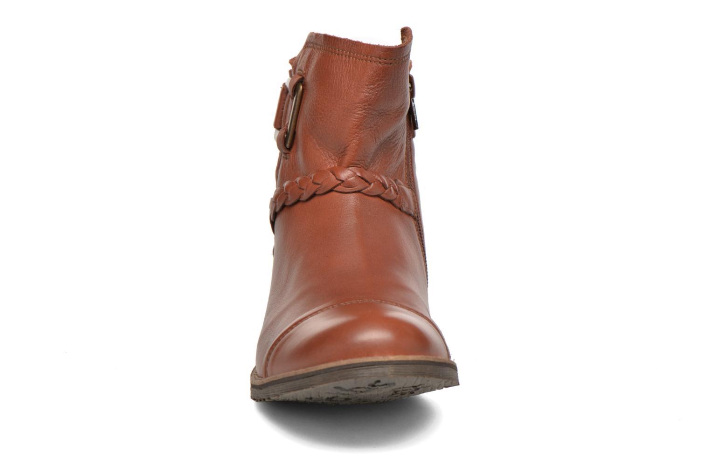 Bottines et boots TBS Melina Marron vue portées chaussures