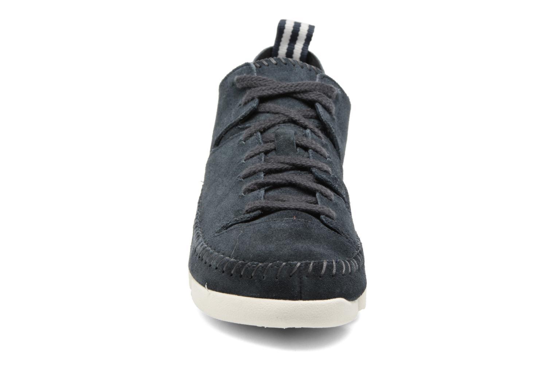 Baskets Clarks Originals Trigenic Flex W Bleu vue portées chaussures