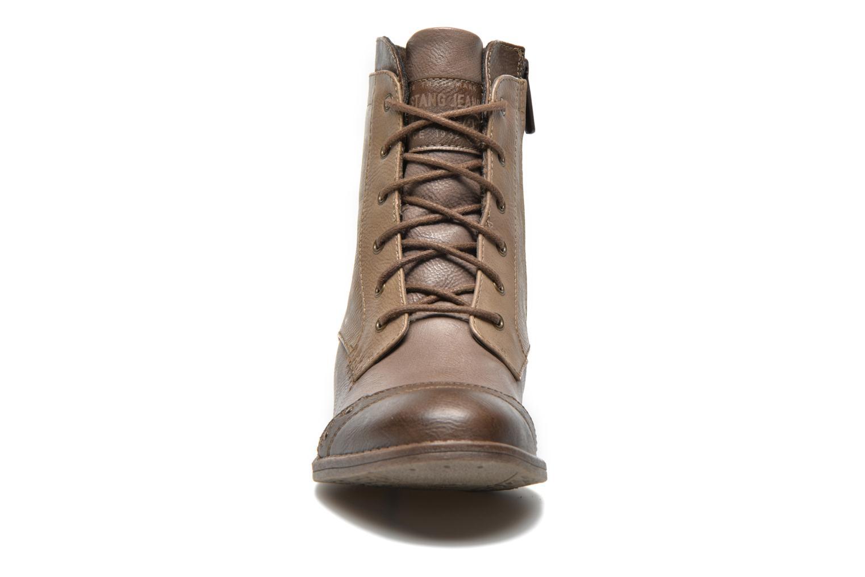 Bottines et boots Mustang shoes Toldil Marron vue portées chaussures