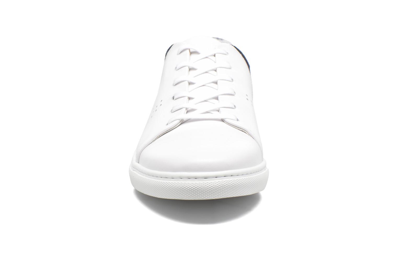 Baskets M. Moustache René Blanc vue portées chaussures