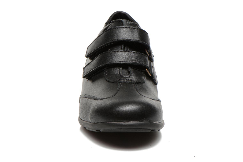 Baskets UMO Confort Diane Noir vue portées chaussures