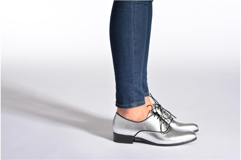 Chaussures à lacets Shoe the bear Gigi Argent vue bas / vue portée sac