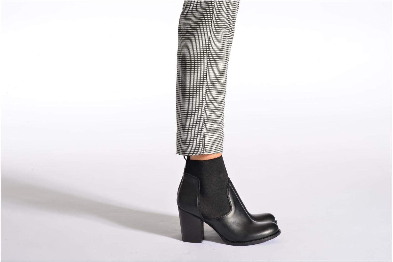 Bottines et boots Sweet Lemon L.5.Eville Noir vue bas / vue portée sac