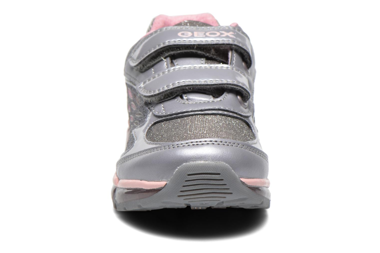 Baskets Geox J Android G. B Gris vue portées chaussures