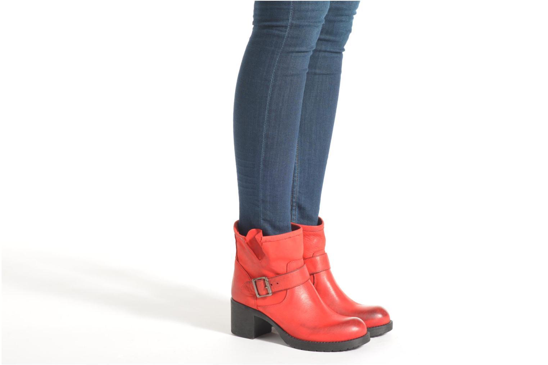 Bottines et boots Georgia Rose Malix Rouge vue bas / vue portée sac