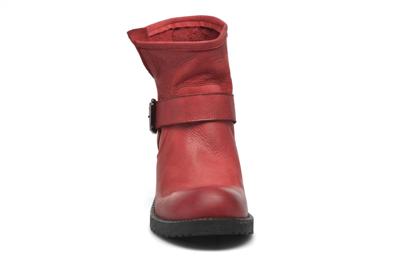 Stivaletti e tronchetti Georgia Rose Malix Rosso modello indossato