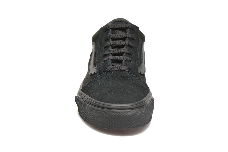 Sneakers Vans Old Skool E Nero modello indossato