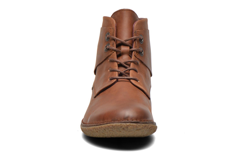 Stiefeletten & Boots Kickers HOBYLOW braun schuhe getragen