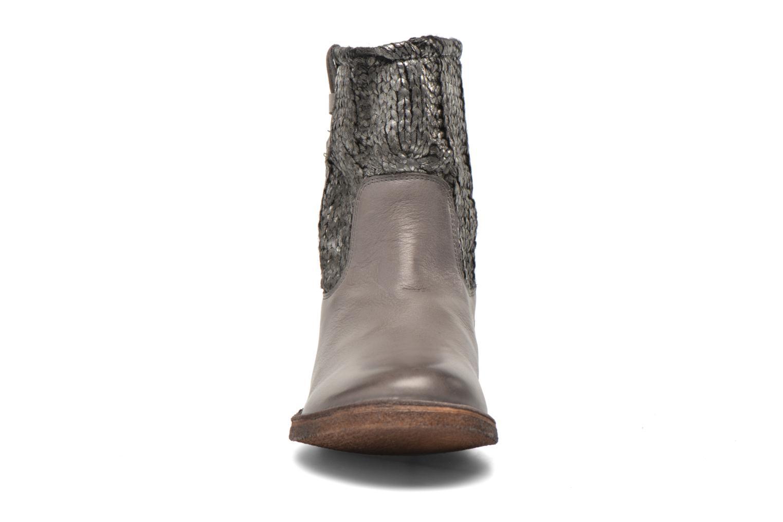 Bottines et boots Kickers cresson Gris vue portées chaussures