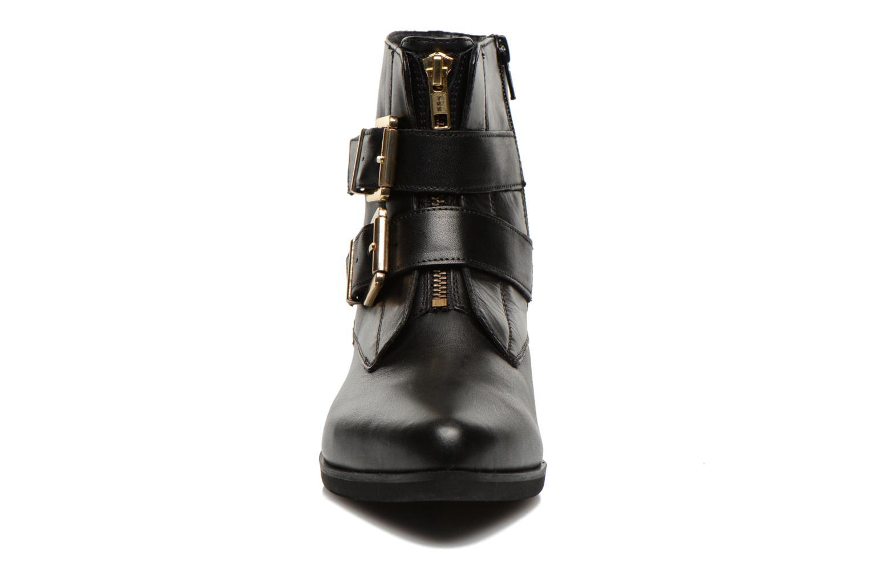 Stiefeletten & Boots SPM Bulovo schwarz schuhe getragen