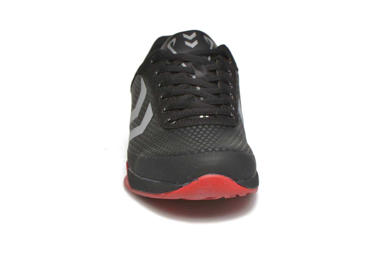 Chaussures de sport Hummel Root Play Noir vue portées chaussures