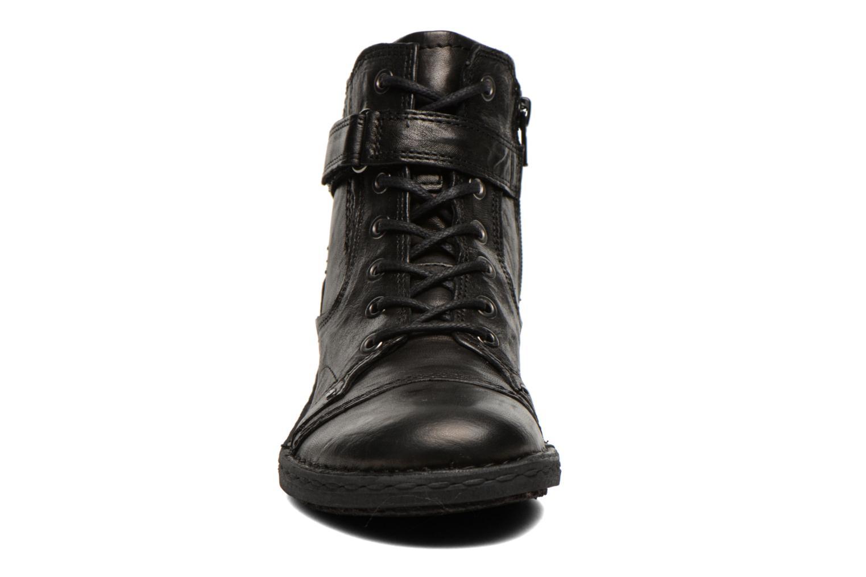 Boots Khrio Rehayen Svart bild av skorna på
