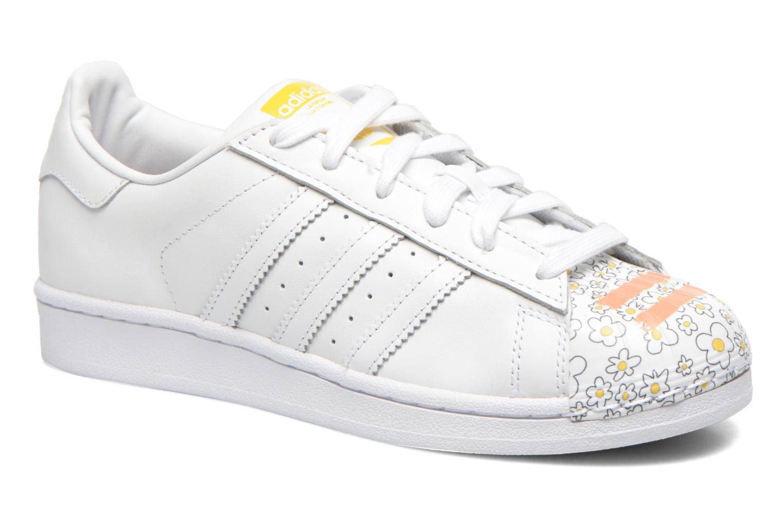 Baskets Adidas Originals Superstar Pharrell Supershell W Blanc vue  détail/paire