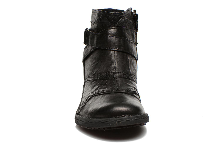 Botines  Khrio Sabras Negro vista del modelo