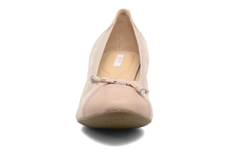 Escarpins Geox D FLORALIE A D54T4A Beige vue portées chaussures