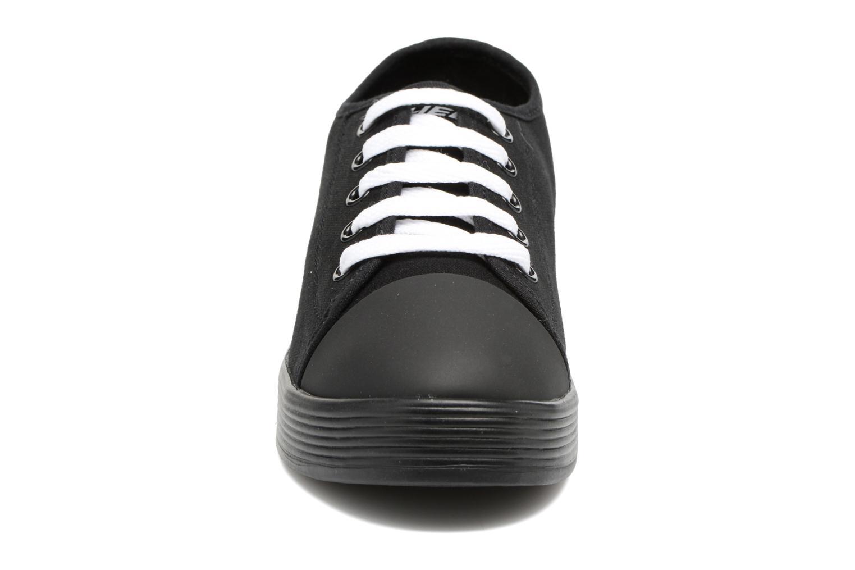 Baskets Heelys Fresh Noir vue portées chaussures