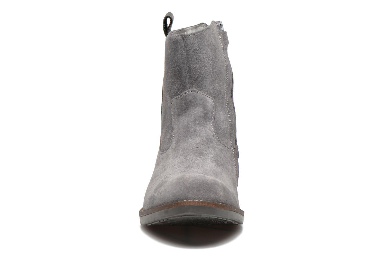 Bottines et boots Minibel Julie Gris vue portées chaussures