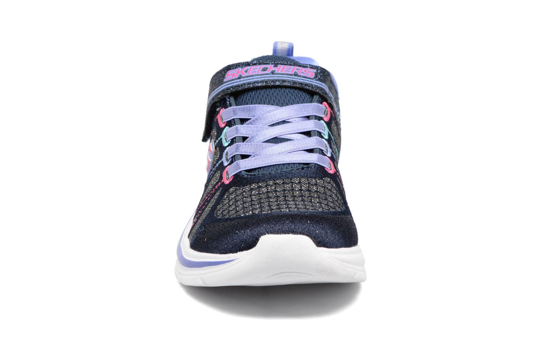 Sneaker Skechers Swift Kicks grau schuhe getragen