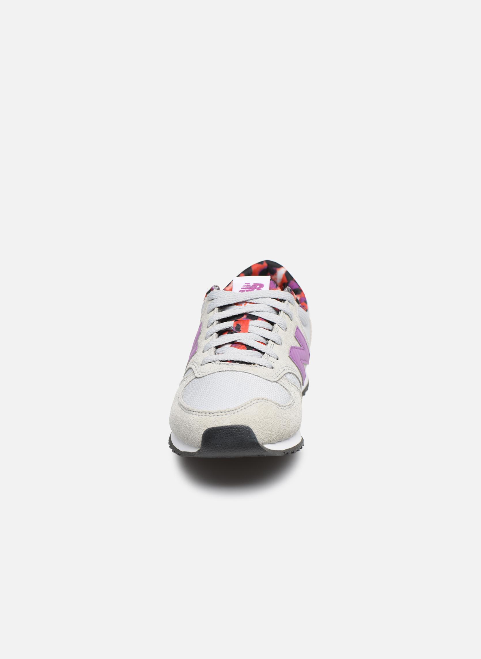 Sneaker New Balance WL420 grau schuhe getragen