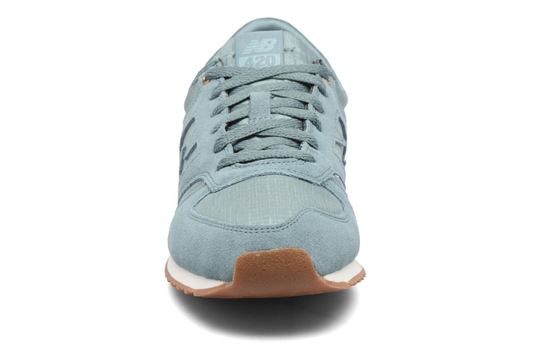 Sneaker New Balance WL420 blau schuhe getragen