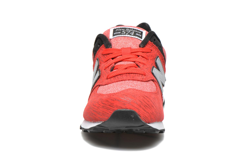 Baskets New Balance KL574 J Rouge vue portées chaussures