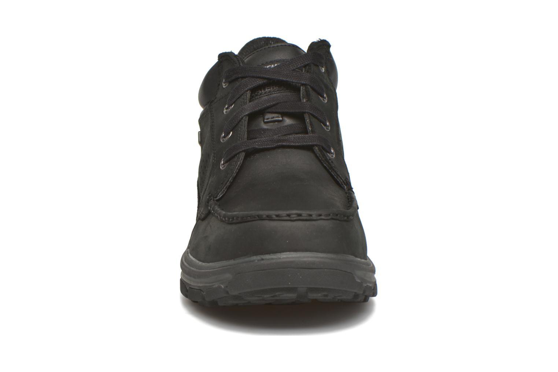 Schnürschuhe Skechers Segment Melego 64522 schwarz schuhe getragen